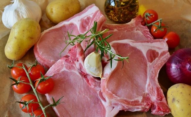 Cata carne de porc este consumata in China?