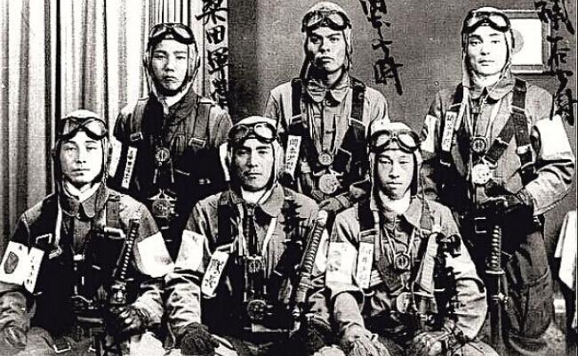 Piloti Kamikaze si tintele