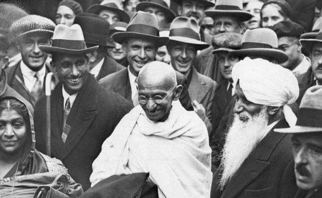 Cine este tatal natiunii in India?